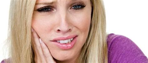 How to Get Rid of Canker Sore? 9 Natural Home Remedies