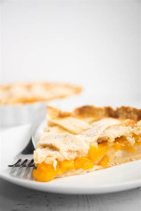 Easy Peach Pie with Canned Peaches - Spoonful of Kindness