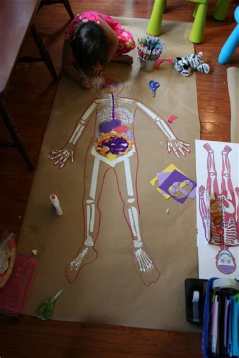 Life-Sized Body Map | Fun Family Crafts